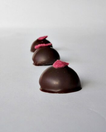 Rose Cream Line chocolate truffle