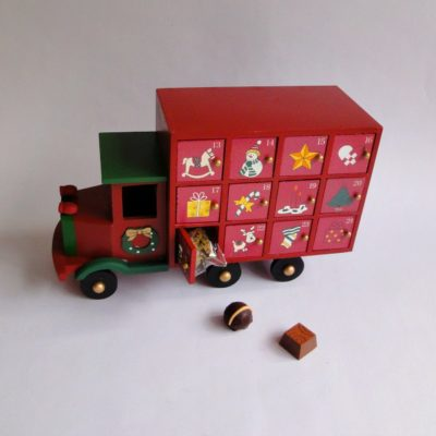 wooden truck 24 chocolate advent calendar
