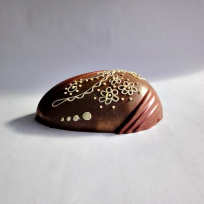 Peacock Milk Chocolate Easter Egg Side