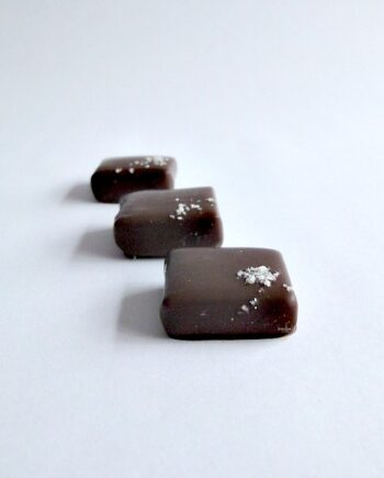 Sea Salt Caramel Line Chocolate truffle