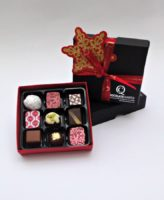 box of 9 luxury christmas chococlates